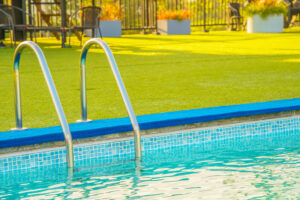 Discover the Many Advantages of Installing Artificial Grass Around California Pools